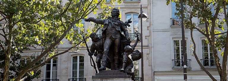 Statue de Danton